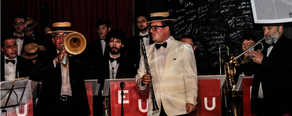 "19 ottobre h 20:00 - EMANUELE URSO ""THE KING OF SWING"" E LA SUA BIG BAND – COTTON CLUB"
